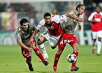 Fotball<br /> Frankrike<br /> Foto: DPPI/Digitalsport<br /> NORWAY ONLY<br /> <br /> FOOTBALL - CHAMPIONS LEAGUE 2009/2010 - GROUP H - AZ ALKMAAR v STANDARD DE LIEGE - 29/09/2009 <br /> <br /> RICARDO ROCHA (STA) / MOUSSA DEMBELE (ALK) / AXEL WITSEL (STA)