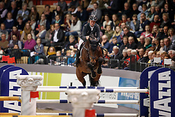 Bengtsson Rolf Goran, SWE, Crunch 3<br /> Prize of Performance Sales International<br /> FEI World Cup Neumünster - VR Classics 2017<br /> © Hippo Foto - Stefan Lafrentz