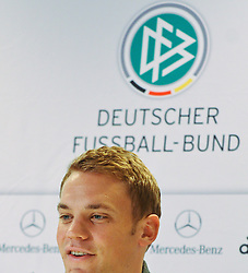 02.06.2011, Ernst Happel Stadion, Wien, AUT, EURO 2012 Qualifikation, Pressekonferenz Deutschland, im Bild Torwart der deutschen Fußnball Nationalmannschaft Manuel Neuer bei einer Pressekonferenz bezüglich Qualifikationsspiel Oesterreich vs Deutschland // Keeper of the german National Football Team Manuel Neuer during the Press Conference regarding the Qualifiy Match between Austria vs Germany, Ernst Happel Stadion, Vienna, 2011-06-02, EXPA Pictures © 2011, PhotoCredit: EXPA/ M. Gruber