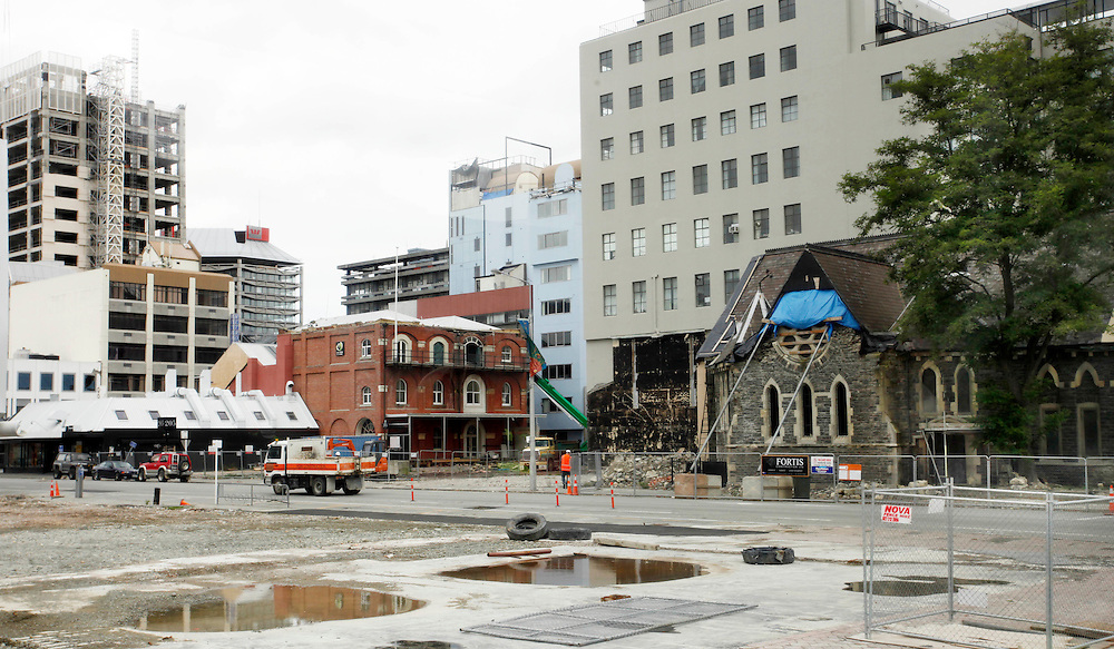 Manchester Street in the earthquake damaged Red Zone, Christchurch, New Zealand, Wednesday, February 15, 2012.  Credit:SNPA / Pam Johnson