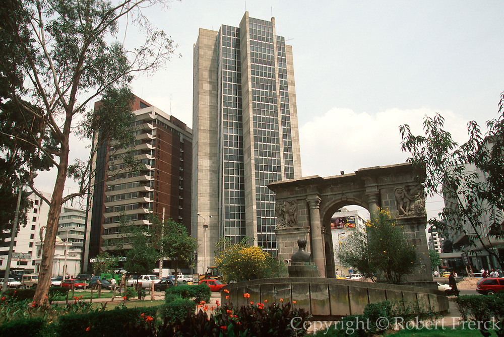 ECUADOR, QUITO, NEW CITY Banks near Avenida Amazonas