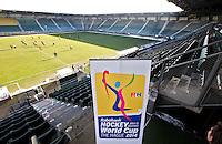 DEN HAAG - tijdens de persbijeenkomst met betrekking tot het te houden WK hockey 2014 in het Kyocera voetbalstadion. FOTO KOEN SUYK