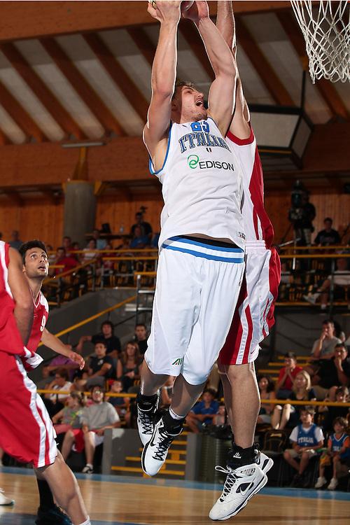 DESCRIZIONE : Bormio Torneo Internazionale Diego Gianatti Italia Iran<br /> GIOCATORE : Luca Lechthaler<br /> SQUADRA : Nazionale Italia Uomini <br /> EVENTO : Torneo Internazionale Guido Gianatti<br /> GARA : Italia Iran<br /> DATA : 11/07/2010 <br /> CATEGORIA : tiro<br /> SPORT : Pallacanestro <br /> AUTORE : Agenzia Ciamillo-Castoria/ElioCastoria<br /> Galleria : Fip Nazionali 2010 <br /> Fotonotizia : Bormio Torneo Internazionale Diego Gianatti Italia Iran<br /> Predefinita :