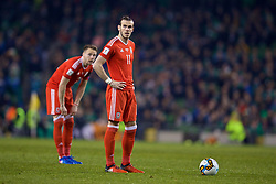 DUBLIN, REPUBLIC OF IRELAND - Friday, March 24, 2017: Wales' Gareth Bale prepares to take a free-kick against Republic of Ireland during the 2018 FIFA World Cup Qualifying Group D match at the Aviva Stadium. (Pic by David Rawcliffe/Propaganda)