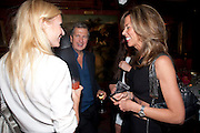 GWYNETH PALTROW; MARIO TESTINO; HEATHER KERZNER Dinner hosted by Elizabeth Saltzman for Mario Testino and Kate Moss. Mark's Club. London. 5 June 2010. -DO NOT ARCHIVE-© Copyright Photograph by Dafydd Jones. 248 Clapham Rd. London SW9 0PZ. Tel 0207 820 0771. www.dafjones.com.