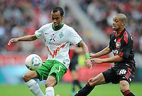FUSSBALL   1. BUNDESLIGA   SAISON 2011/2012    2. SPIELTAG Bayer 04 Leverkusen - SV Werder Bremen              14.08.2011 WESLEY (li, Bremen) gegen Sidney SAM (re, Leverkusen)