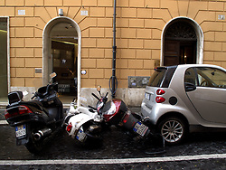 ITALY ROME 2JUL09 - Parking in Rome's tight city centre.....jre/Photo by Jiri Rezac....© Jiri Rezac 2009