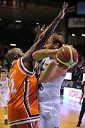 DESCRIZIONE : Treviso Lega due 2015-16  Universo Treviso De Longhi - Aurora Basket Jesi<br /> GIOCATORE : tommaso rinaldi<br /> CATEGORIA : Passaggio<br /> SQUADRA : Universo Treviso De Longhi - Aurora Basket Jesi<br /> EVENTO : Campionato Lega A 2015-2016 <br /> GARA : Universo Treviso De Longhi - Aurora Basket Jesi<br /> DATA : 31/10/2015<br /> SPORT : Pallacanestro <br /> AUTORE : Agenzia Ciamillo-Castoria/M.Gregolin<br /> Galleria : Lega Basket A 2015-2016  <br /> Fotonotizia :  Treviso Lega due 2015-16  Universo Treviso De Longhi - Aurora Basket Jesi