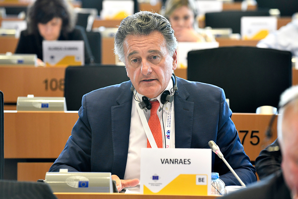 12 May 2017, 123rd Plenary Session of the European Committee of the Regions <br /> Belgium - Brussels - May 2017 <br /> <br /> VANRAES Jean-Luc <br /> &copy; European Union / Fred Guerdin