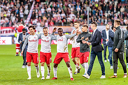 12.04.2018, Red Bull Arena, Salzburg, AUT, UEFA EL, FC Salzburg vs SS Lazio Roma, Viertelfinale, Rueckspiel, im Bild Takumi Minamino (FC Salzburg), Stefan Lainer (FC Salzburg), Amadou Haidara (FC Salzburg) // during the UEFA Europa League Quaterfinal, 2nd Leg Match between FC Salzburg and SS Lazio Roma at the Red Bull Arena in Salzburg, Austria on 2018/04/12. EXPA Pictures © 2018, PhotoCredit: EXPA/ JFK