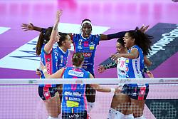 09-12-2017 ITA: Igor Gorgonzola Novara - Imoco Volley Conegliano, Novara<br /> Paola Egon #18 of Novara, Celeste Plak #4 of Novara<br /> <br /> *** Netherlands use only ***