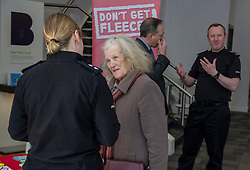 Pictured: Pictured: Inspector Phillipa Boyd chats to a customerr about the new campaign<br />