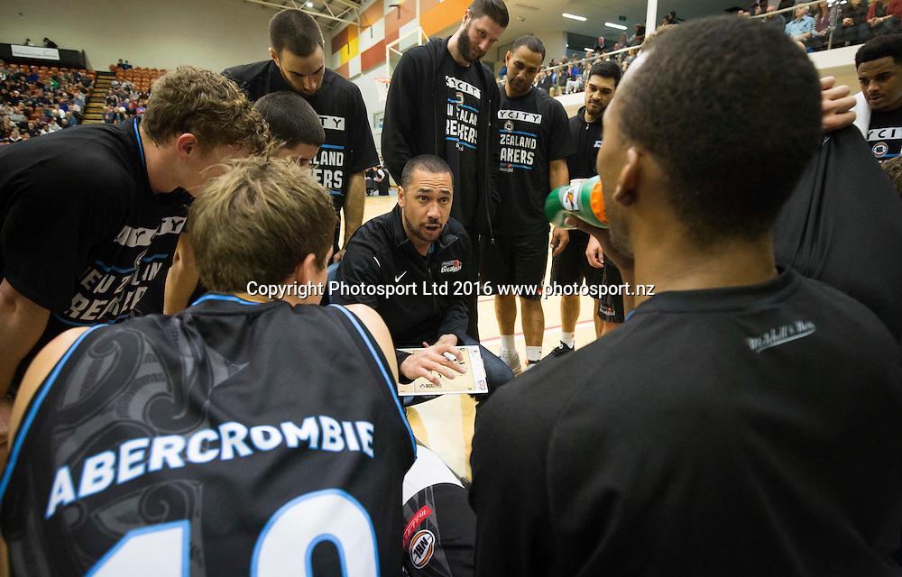Breakers coach, Paul Henare in the huddle. NBL Preseason basketball, NZ Breakers v Brisbane Bullets, PG Arena, Napier, New Zealand. Thursday 16 September, 2016. Copyright photo: John Cowpland / www.photosport.nz