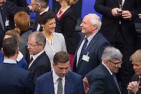 12 FEB 2017, BERLIN/GERMANY:<br /> Sarah Wagenknecht (L), Die Linke Fraktionsvorsitzende, und Oskar Lafontaine (R), Die Linke, Fraktionsvoritzender Landtag Saarland, im Gespraech, 16. Bundesversammlung zur Wahl des Bundespraesidenten, Reichstagsgebaeude, Deutscher Bundestag<br /> IMAGE: 20170212-02-014<br /> KEYWORDS: Gespr&auml;ch, Ehepartner, Ehefrau, Ehemann, Bundespraesidentenwahl, Bundespr&auml;sidetenwahl