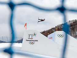 11.02.2018, Phoenix Snow Park, Bokwang, KOR, PyeongChang 2018, Slope Style, Damen, Qualifikation, im Bild Anna Gasser (AUT) // Anna Gasser of Austria during the ladie's Slope Style Qualification of the Pyeongchang 2018 Winter Olympic Games at the Phoenix Snow Park in Bokwang, South Korea on 2018/02/11. EXPA Pictures © 2018, PhotoCredit: EXPA/ Johann Groder