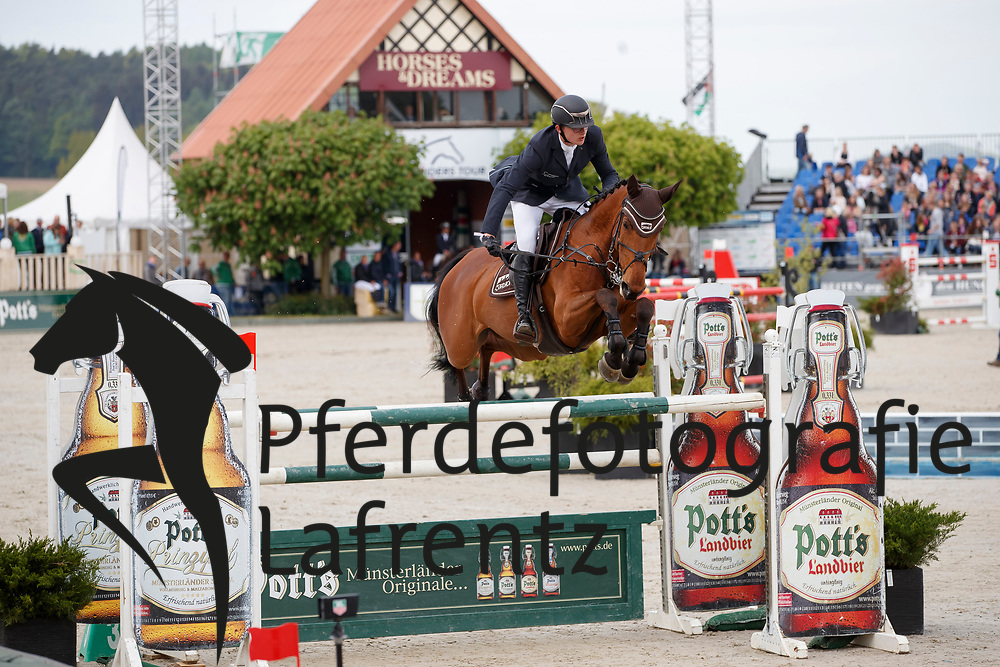 HAUNHORST Max (GER), Chaccara<br /> Hagen - Horses and Dreams meets the Royal Kingdom of Jordan 2018<br /> Finale Mittlere Tour<br /> 29. April 2018<br /> www.sportfotos-lafrentz.de/Stefan Lafrentz