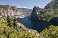 The trail to beehive offers commanding views of the Hetch Hetchy reservoir, Yosemite National Park
