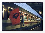 Manifestazioni contro il summit del Fondo Monetario Internazionale e della Banca Mondiale. Praga, settembre 2000. 23 settembre, treno speciale per Praga.
