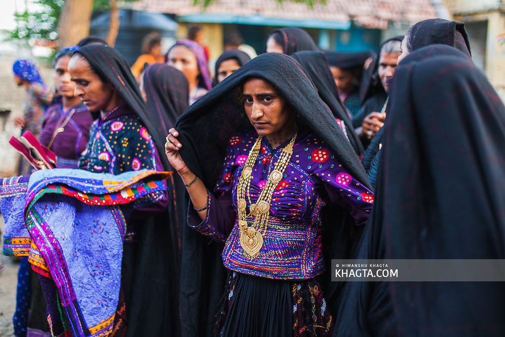 Maldhari girls in the marriage of their friend in a rural village near Bhuj, Gujarat