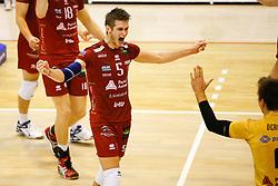 20141029 BEL: Eredivisie, Callant Antwerpen - Volley Behappy2 Asse - Lennik: Antwerpen<br />Floris van Rekom (5) of Callant Antwerpen<br />©2014-FotoHoogendoorn.nl / Pim Waslander