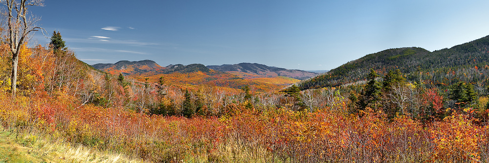 Spectacular autumn color in the heart of New Hampshire's White Mountains
