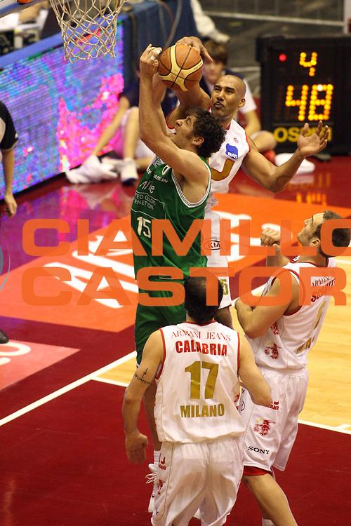 DESCRIZIONE : Milano Lega A1 2006-07 Armani Jeans Milano Benetton Treviso <br /> GIOCATORE : Gigli Blair<br /> SQUADRA : Benetton Treviso <br /> EVENTO : Campionato Lega A1 2006-2007 <br /> GARA : Armani Jeans Milano Benetton Treviso <br /> DATA : 10/12/2006 <br /> CATEGORIA : Stoppata <br /> SPORT : Pallacanestro <br /> AUTORE : Agenzia Ciamillo-Castoria/G.Ciamillo