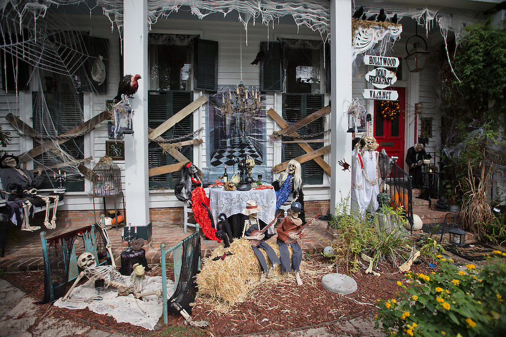 Halloween Decorations In New Orleans Photo Video