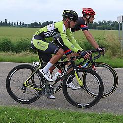 25-06-2016: Wielrennen: NK weg Profs: Ouddorp<br />OUDDORP (NED) wielrennen<br />Tom Dumoulin, Wim Stroetinga