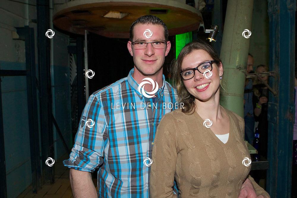 MAARSSEN - In de Fabrique hield de KRO de jaarlijkse afterparty voor 'Boer Zoekt Vrouw'. Met hier op de foto  Boer Jos met zijn vriendin Saskia. FOTO LEVIN DEN BOER - PERSFOTO.NU