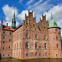 Family History of Egeskov Castle in Kv&aelig;rndrup, Denmark <br />