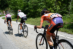The front of the race is back to being three strong after Niewiadoma catches on the descent at Giro Rosa 2016 - Stage 6. A 118.6 km road race from Andora to Alassio, Italy on July 7th 2016.