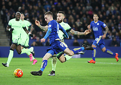 Jamie Vardy of Leicester City has a sot at goal  - Mandatory byline: Jack Phillips/JMP - 07966386802 - 29/12/2015 - SPORT - FOOTBALL - Leicester - King Power Stadium - Leicester City v Manchester City - Barclays Premier League