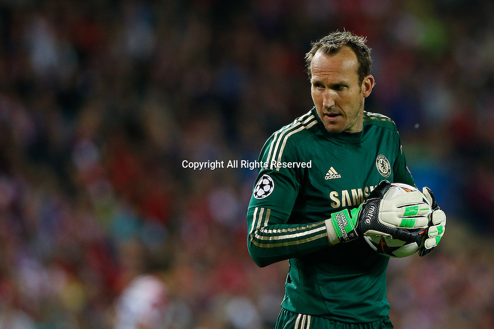 22.04.2014. Madrid, Spain. UEFA Champions League semi-final.  Atletico de Madrid versus Chelsea C.F. at Vicente Calderon stadium.  Mark Schwarzer of Chelsea who came on as a substiture for the injured Petr Cech