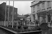 Sinn Fein Ard Fheis.      K63..1976..17.10.1976..10.17.1976..17th October 1976..The Sinn Fein (Kevin Street) Ard Fheis was held over the weekent of the 16th / 17th October at the Mansion House, Dawson Street, Dublin. Mr Ruairi O Bradaigh, President of Provisional Sinn Fein, gave the keynote speech..Image of the Mansion House, Dublin where the Ard Fheis was held over the weekend.