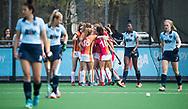 LAREN -  Hockey -  OR heeft gescoord.  Hoofdklasse dames Laren-Oranje Rood (0-4). Oranje Rood plaatst zich voor Play Offs.  COPYRIGHT KOEN SUYK