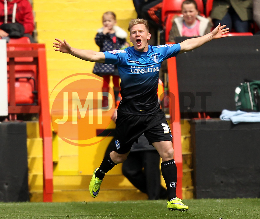 Bournemouth's Matt Ritchie celebrates - Photo mandatory by-line: Robbie Stephenson/JMP - Mobile: 07966 386802 - 02/05/2015 - SPORT - Football - Charlton - The Valley - Charlton v AFC Bournemouth - Sky Bet Championsip
