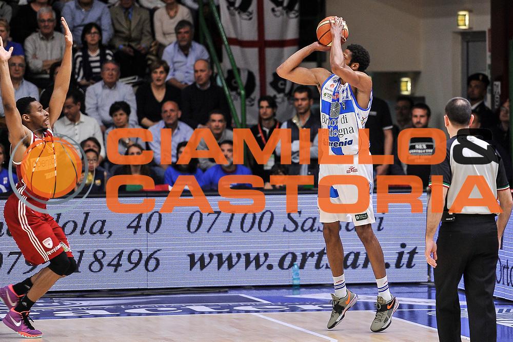 DESCRIZIONE : Campionato 2014/15 Dinamo Banco di Sardegna Sassari - Openjobmetis Varese<br /> GIOCATORE : Jeff Brooks<br /> CATEGORIA : Tiro Tre Punti Three Points Controcampo<br /> SQUADRA : Dinamo Banco di Sardegna Sassari<br /> EVENTO : LegaBasket Serie A Beko 2014/2015<br /> GARA : Dinamo Banco di Sardegna Sassari - Openjobmetis Varese<br /> DATA : 19/04/2015<br /> SPORT : Pallacanestro <br /> AUTORE : Agenzia Ciamillo-Castoria/L.Canu<br /> Predefinita :
