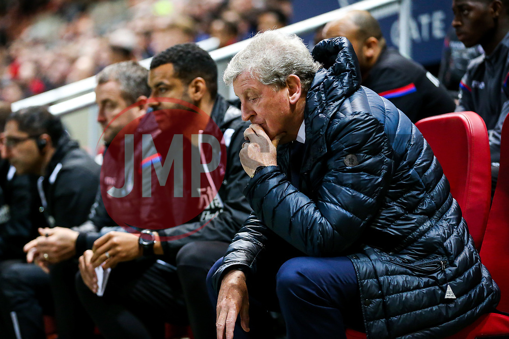 Crystal Palace Manager Roy Hodgson looks dejected on the bench as the whistle blows on a 4-1 loss for his side - Rogan/JMP - 24/10/2017 - Ashton Gate Stadium - Bristol, England - Bristol City v Crystal Palace - Carabao Cup Round of 16.