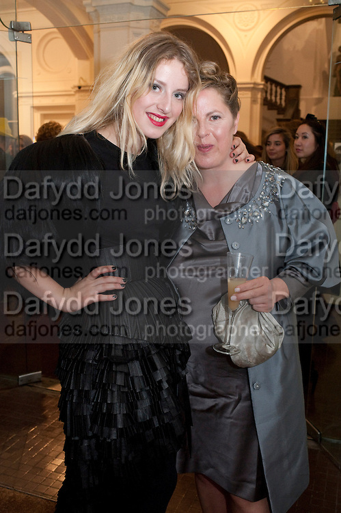 HARRIET VERNEY;HER MOTHER AND ISABELLA'S SISTER , LAVINIA VERNEY;, Isabella Blow  by Martina Rink.  Haunch of Venison. London. 13 September 2010., DO NOT ARCHIVE-© Copyright Photograph by Dafydd Jones. 248 Clapham Rd. London SW9 0PZ. Tel 0207 820 0771. www.dafjones.com.