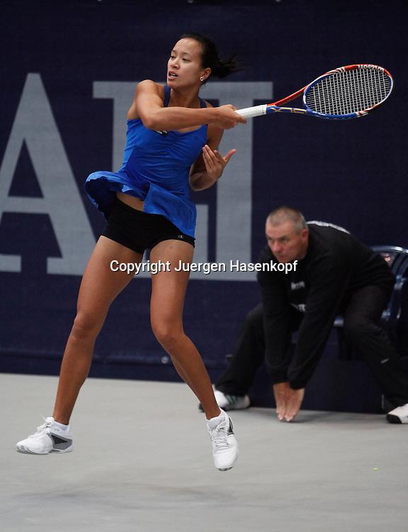 Generali Ladies Linz Open 2010,WTA Tour, Damen.Hallen Tennis Turnier in Linz, Oesterreich,.Anne Keothavong (GBR)
