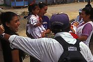 BELIZE / Belmopan / People laughing at the market...© JOAN COSTA