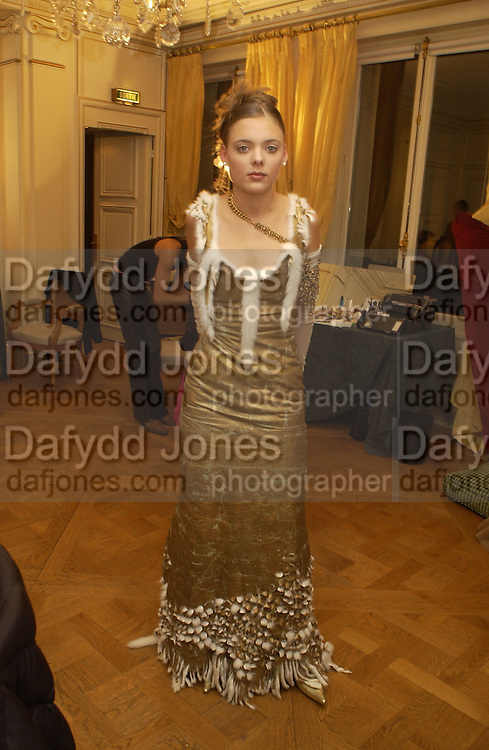 Camille Fabre. Crillon Debutantes Ball 2002. Paris. 7 December 2002. © Copyright Photograph by Dafydd Jones 66 Stockwell Park Rd. London SW9 0DA Tel 020 7733 0108 www.dafjones.com