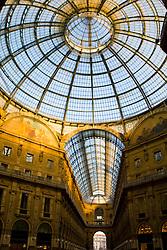 Galleria Vittorio Emanuele II (il salotto di Milano) Milan, Italy / Italia December 6, 2007.