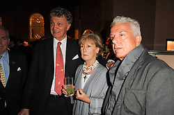 Left to right, the HON.WILLIAM SHAWCROSS, PATTI PALMER-TOMKINSON and NICKY HASLAM at a party to celebrate the publication of Inheritance by Tara Palmer-Tomkinson at Asprey, 167 New Bond Street, London on 28th September 2010.