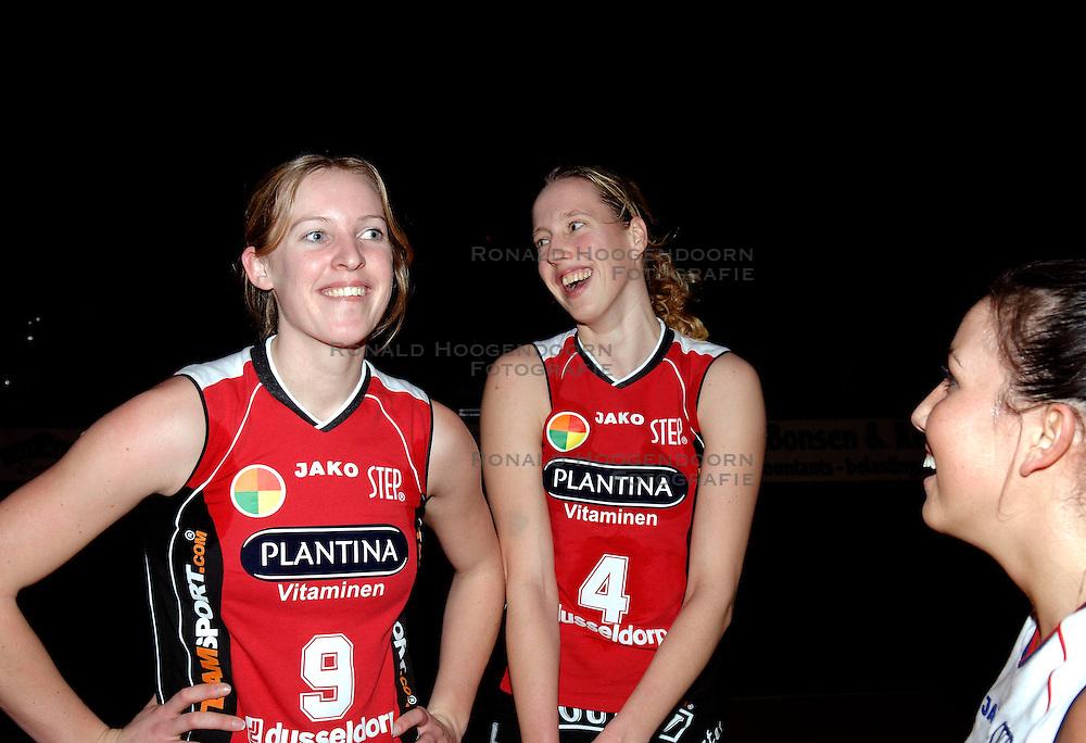 20-01-2006 VOLLEYBAL: TOPTEAMSCUP PLANTINA LONGA - VOLERO ZURICH: LICHTENVOORDE<br /> De bizarre barrage tegen Vol&eacute;ro Zurich, die nodig was omdat de ploegen na twee ontmoetingen prefect in balans waren, werd vrijdagavond met 3-2 gewonnen / Esther Spekschoor<br /> &copy;2006-WWW.FOTOHOOGENDOORN.NL