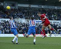 Fotball<br /> England 2004/2005<br /> Foto: SBI/Digitalsport<br /> NORWAY ONLY<br /> <br /> Hartlepool United v Bristol City, Coca-Cola League 1, Victoria Park, Hartlepool 22/01/2005.<br /> Bristol City's Danny Coles (R) directs his header at goal.