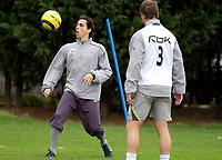 Photo: Daniel Hambury.<br />West Ham Utd Training. 03/11/2005.<br />Yossi Benauyoun (L) juggles the ball during training as Teddy Sheringham looks on.