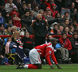 London, England - Saturday, January 13, 2007: Charlton Athletic's Jimmy-Floyd Hasselbaink and Alan Pardew against Middlesbrough during the Premiership match at the Valley. (Pic by Chris Ratcliffe/Propaganda)
