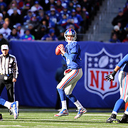 New York Giants quarterback Eli Manning in action during the New York Giants V Philadelphia Eagles NFL American Football match at MetLife Stadium, East Rutherford, NJ, USA. 30th December 2012. Photo Tim Clayton
