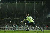 Photo: Andrew Unwin.<br /> Newcastle United v Levadia Tallinn. UEFA Cup. 28/09/2006.<br /> Newcastle's Obafemi Martins (L of C) scores his team's first goal.